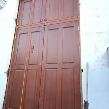 Двери во Дворец Культуры