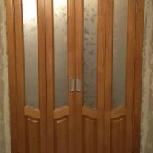 Дверь-книжка из массива